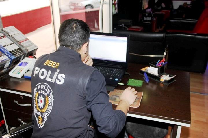 siber polis
